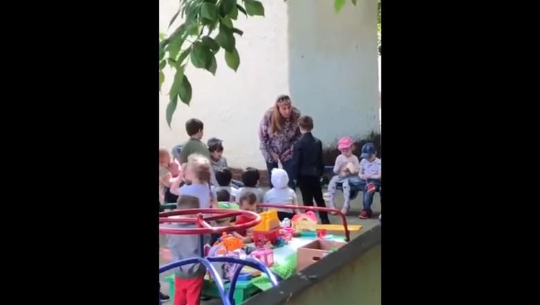 заведующая заставила ребенка целовать землю